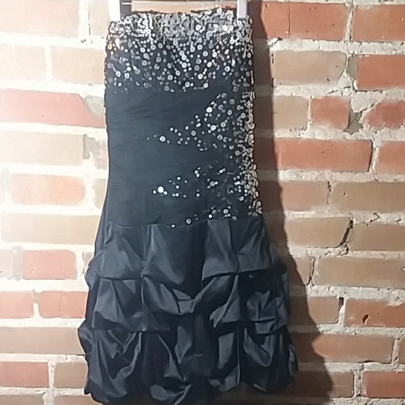 Ruby Rox Dresses & Skirts - Strapless Black Dress with Ruffle Bottom